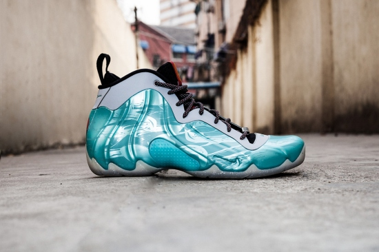 nike-air-flightposite-exposed-year-of-the-horse-01