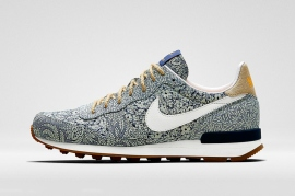 liberty-x-nike-2014-summer-collection- Air Max Internationalist
