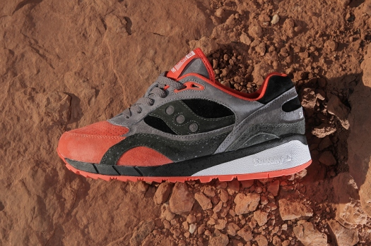 premier-x-saucony-shadow-6000-life-on-mars-pack-3