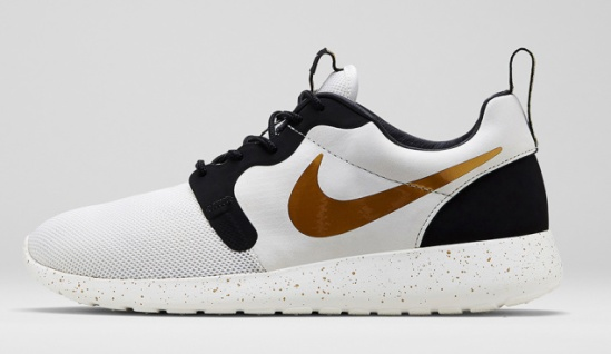 Nike Roshe Run HYP 669689-100 Ivory/Metallic Gold-Black